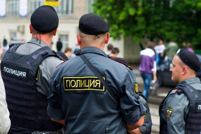 Зарплата сотрудников полиции в 2021 году3